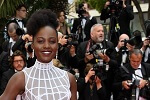 Cannes 2018 : Lupita Nyong'o sublime dans une robe blanche Dior